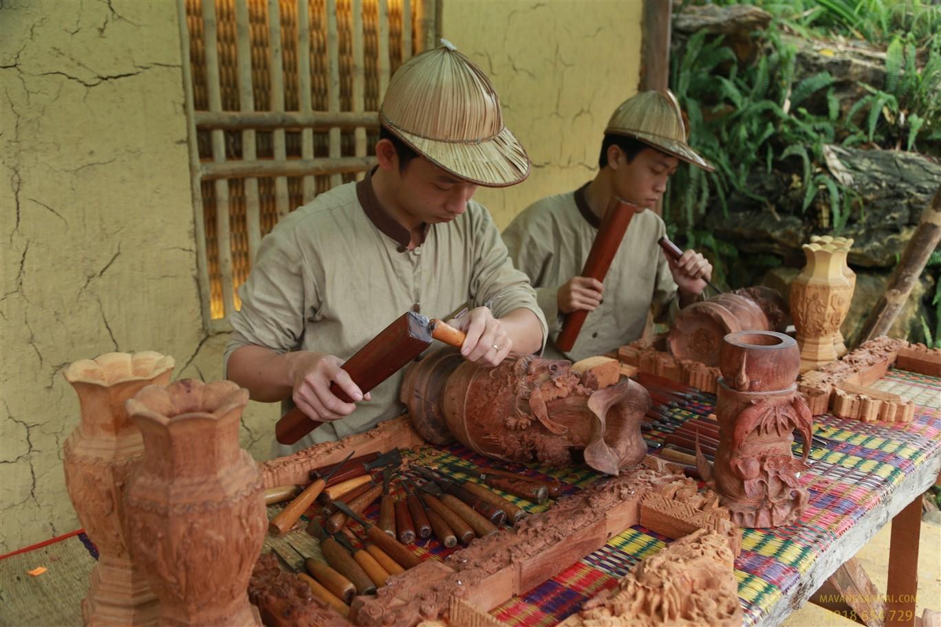 Làng mộc cổ truyền Vạn Điểm, Hà Nội: Vươn mình phát triển
